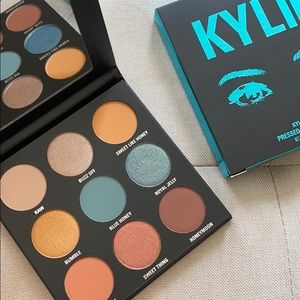 Blue Honey Palette Kylie Cosmetics